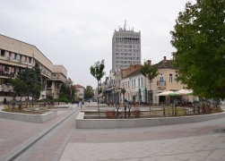 """Reconstruction of the central pedestrian zone """